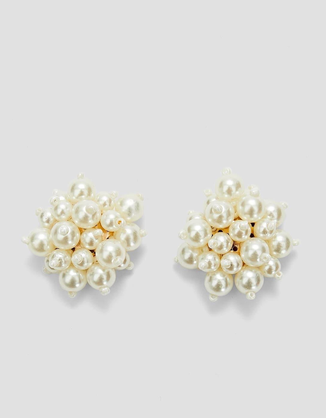 Pendientes de perlas (5,99 euros).