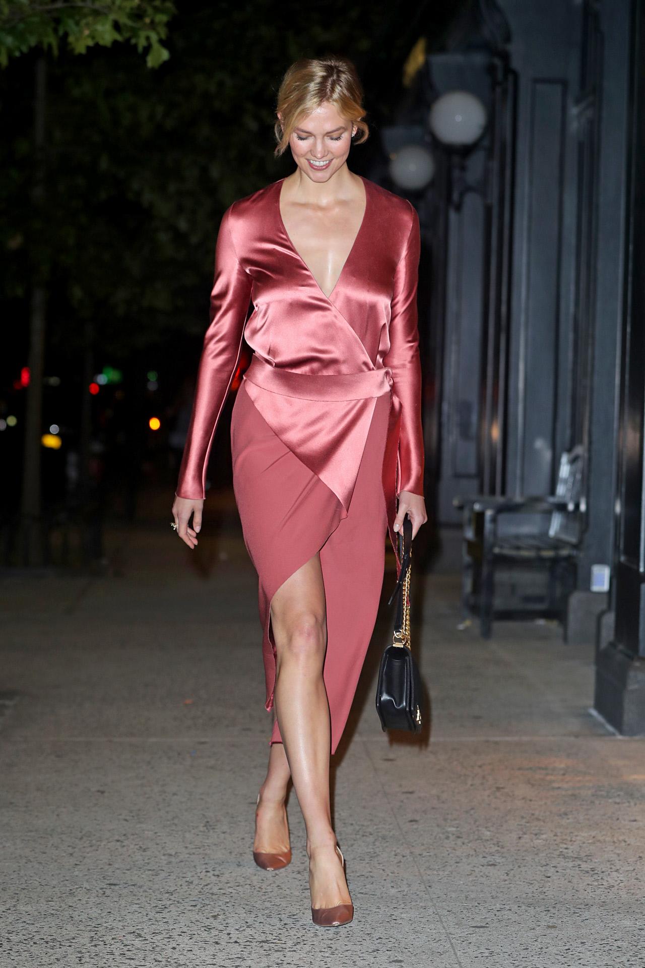 Karlie Kloss acertó con la elección de este vestido