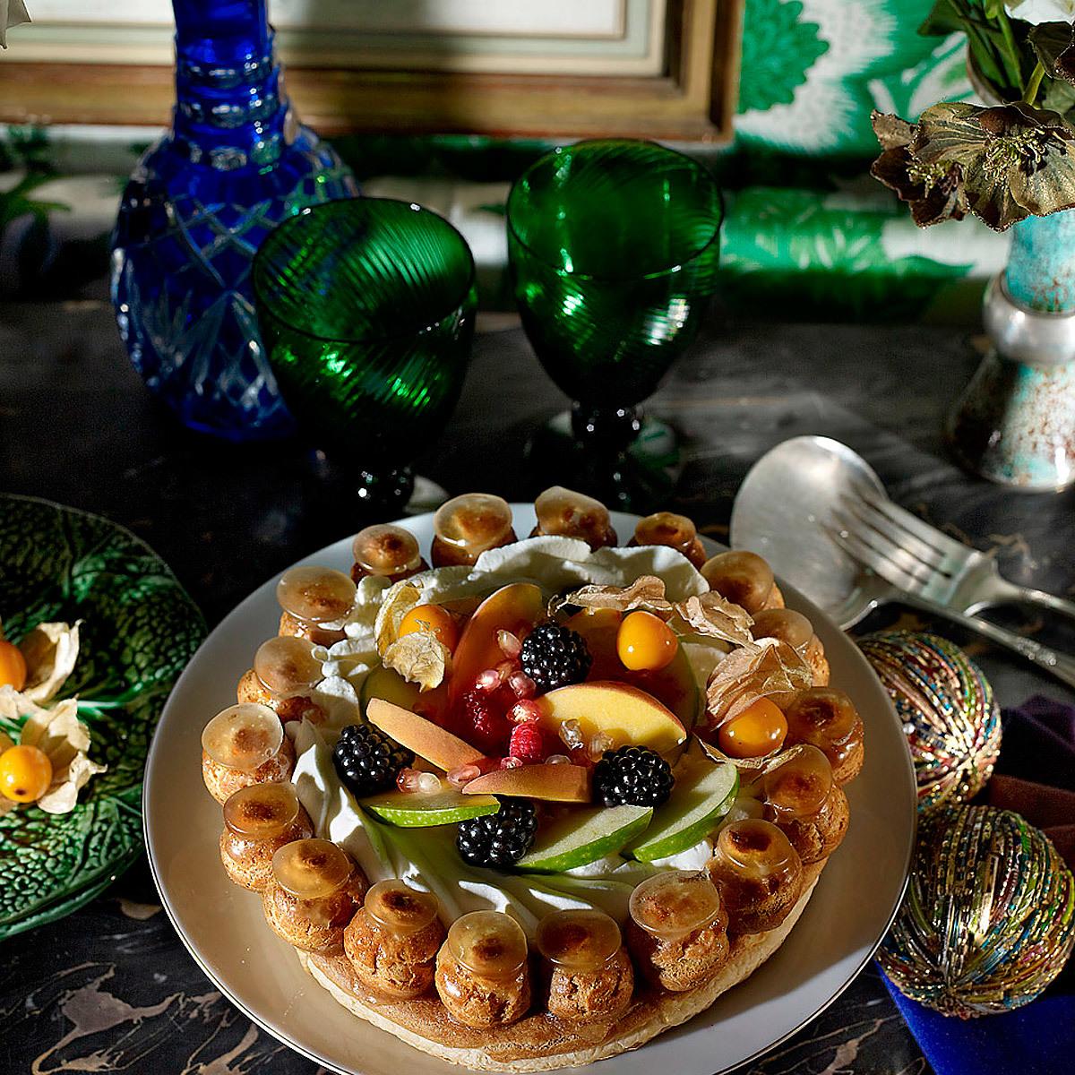 Tarta Saint Honoré (de buñuelos) con frutas