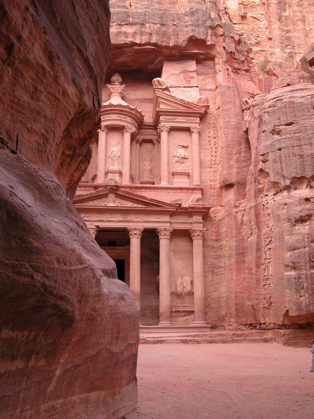 Petra, la ciudad perdida que puedes visitar en Jordania.