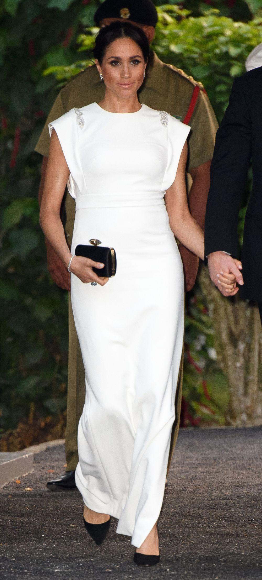Meghan Markle con un vestido de gala de Theia Couture.