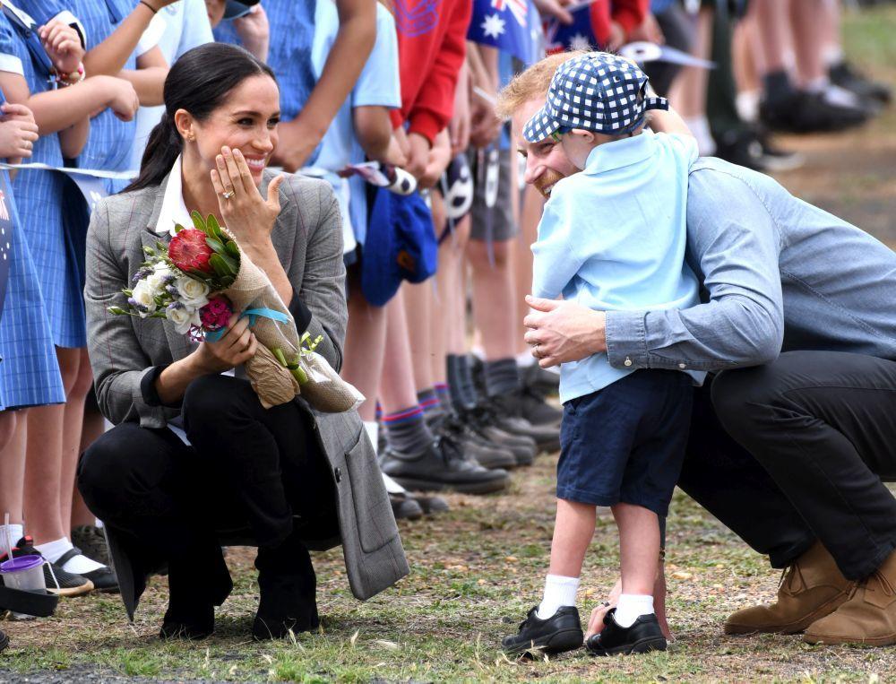 Los Duques de Sussex adoran a los niños, como están demostrando en...