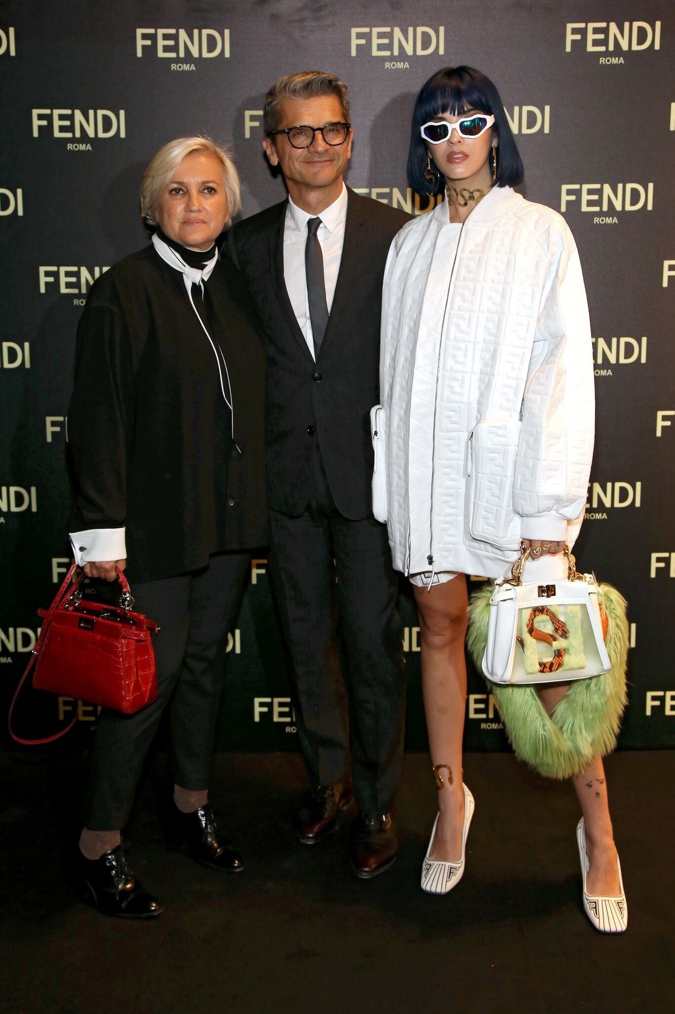 Sobre estas líneas la directora Silvia Venturini Fendi,  Serge...