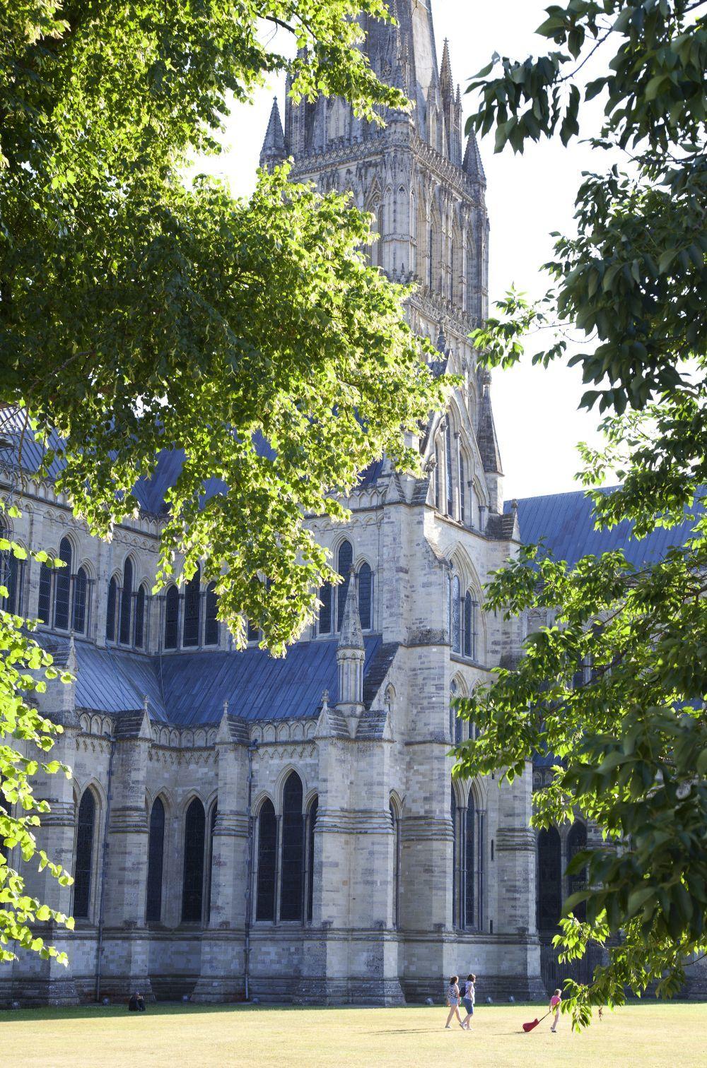 Catedral de Salisbury, en gótico temprano.