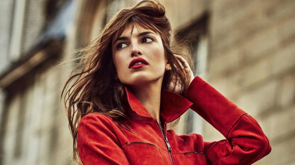 Luce un pelo de la parisina Jeanne Damas.