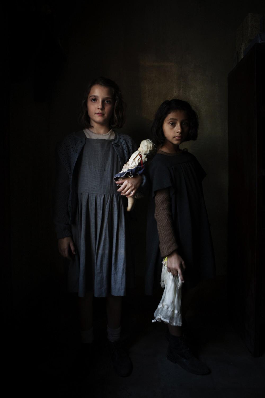 """Imagen de las dos niñas protagonistas de """"La amiga estupenda"""" la..."""