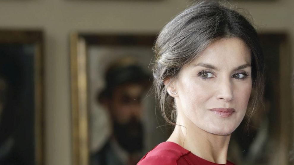 La Reina Letizia presume de mirada descansada y luminosa pero tiene...
