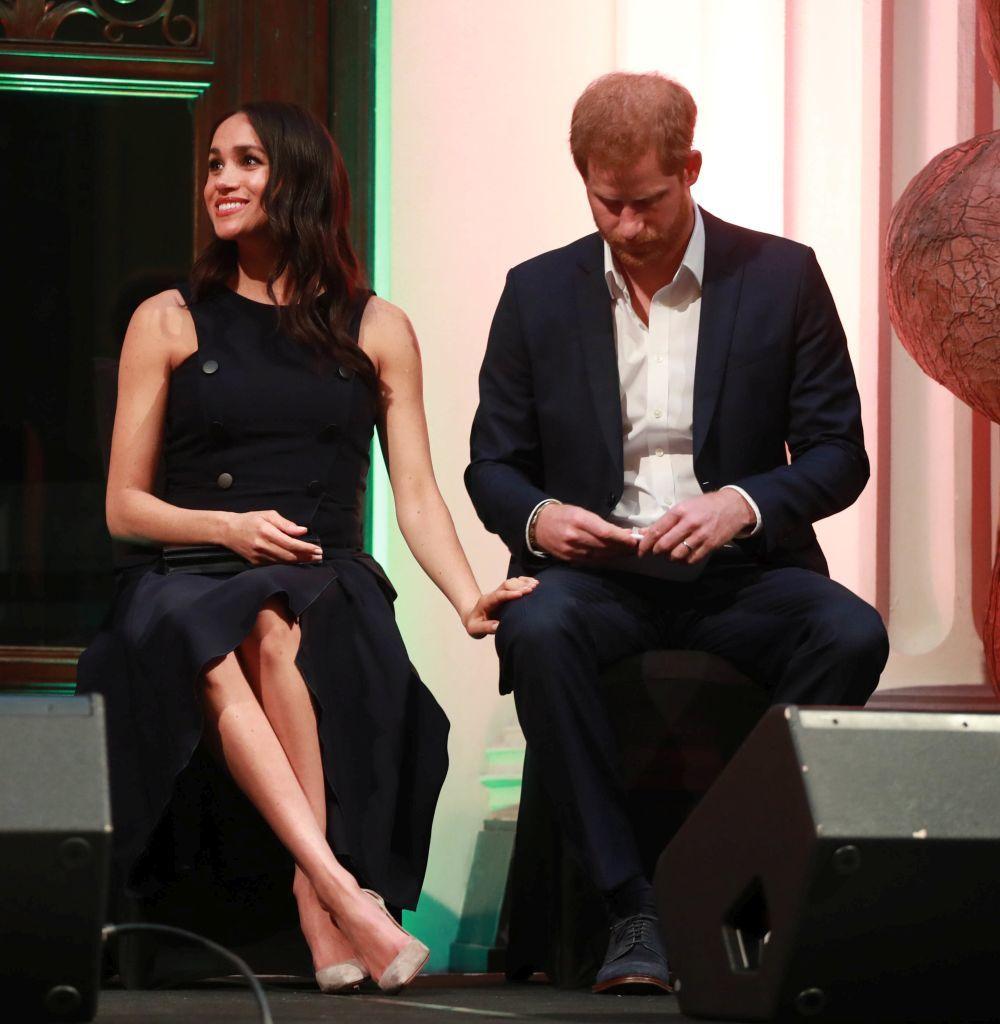Meghan Markle y el príncipe Harry en un acto en Nueva Zelanda.