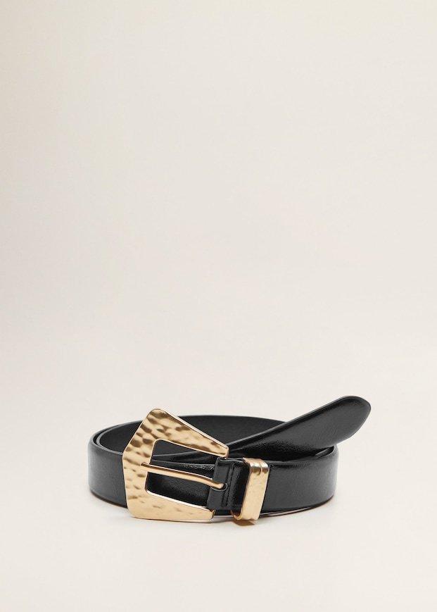 Cinturón de hebilla en dorado de Mango. Precio 11,99 euros.