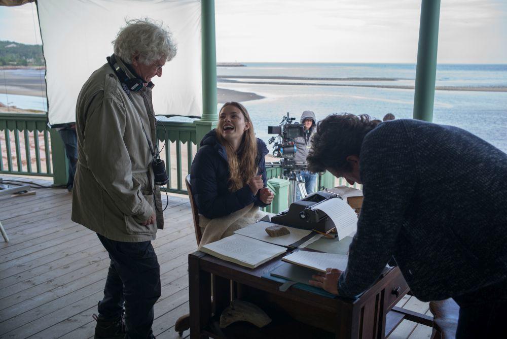 El director Jean-Jacques Annaude junto a Kristine Frosesth