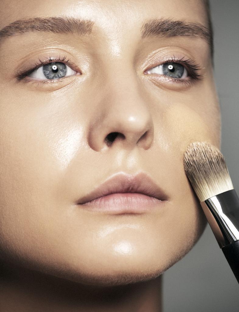 El mejor maquillaje para pieles con acné.