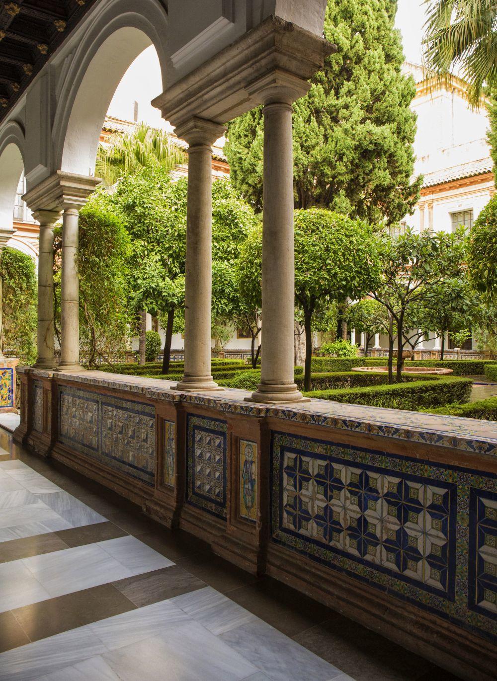 Claustro del Museo de Bellas Artes de Sevilla, un espacio reservado...