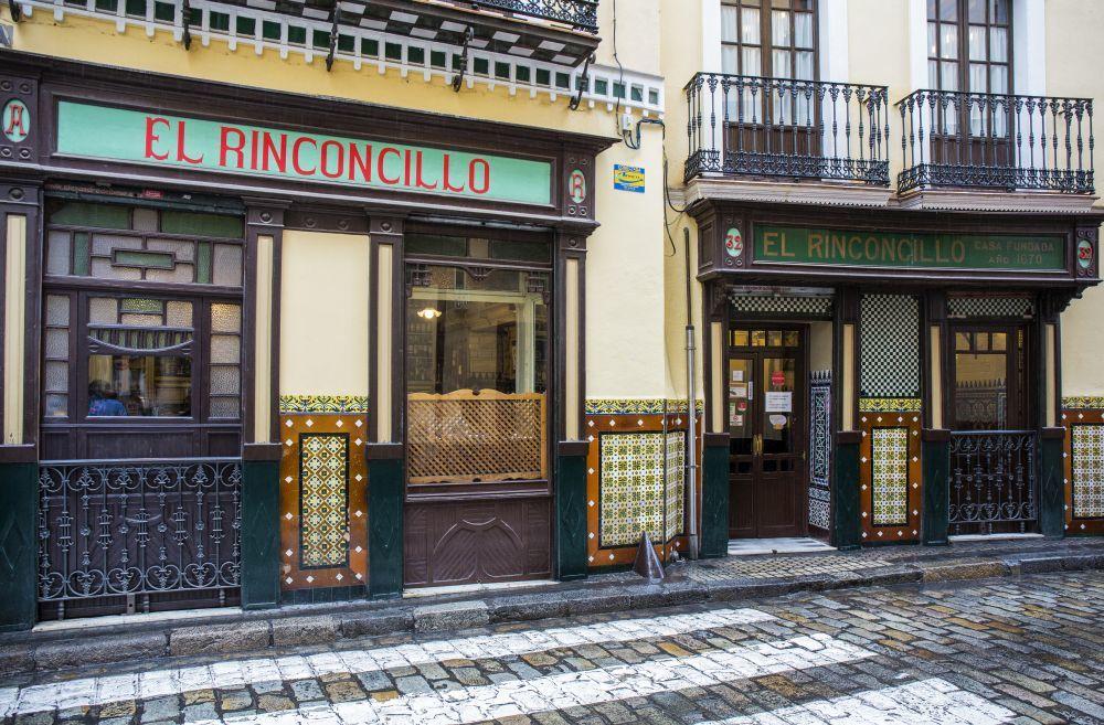 Taberna andaluza El Rinconcillo, el bar más antiguo de Sevilla donde...