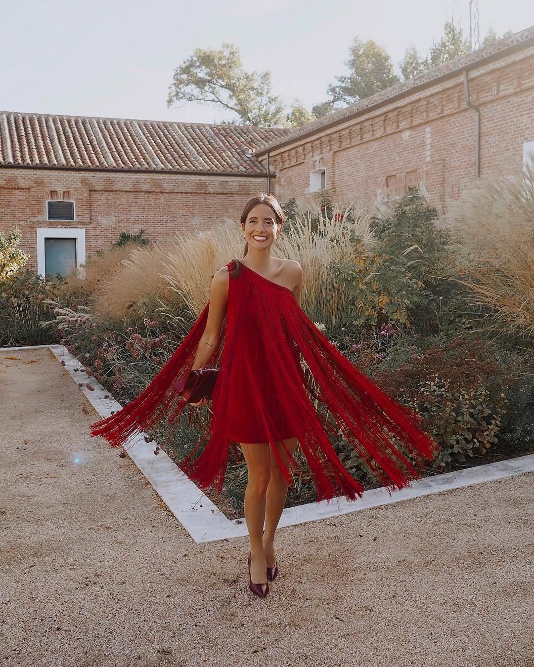 La instagrammer María Fernández Rubiés co un diseño corto...