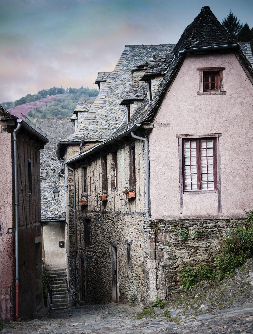 Déjate conquistar por la belleza de los pueblecitos de Aveyron.