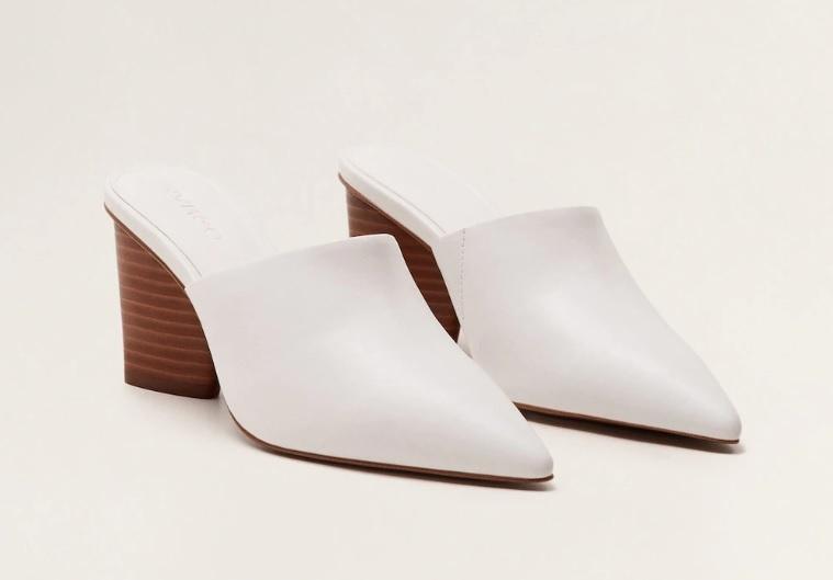 Zapatos mule de tacón (49,99 euros).