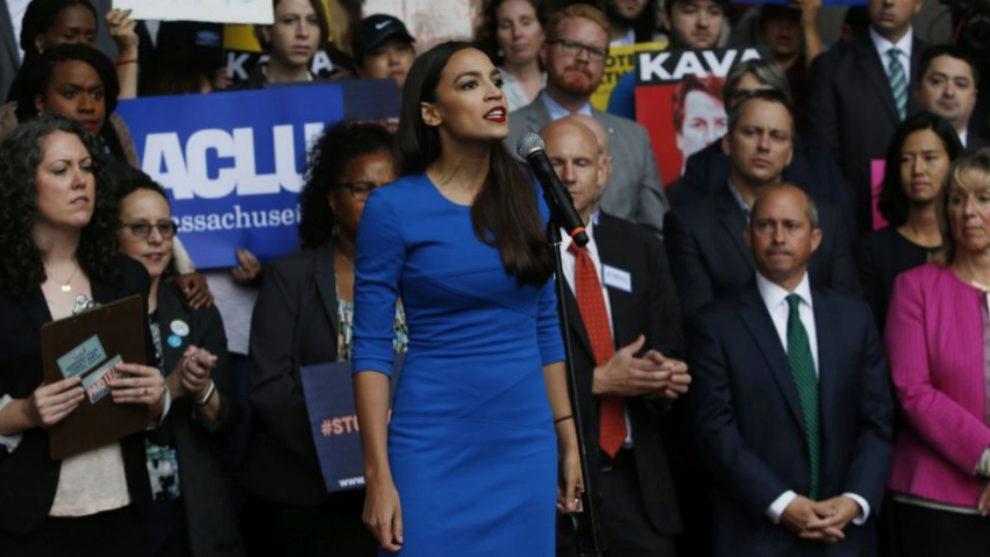 Alexandria Ocasio-Cortez durante un acto de campaña en Nueva York.