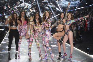 El desfile de Victoria's Secret volvió a ser una fiesta, de...