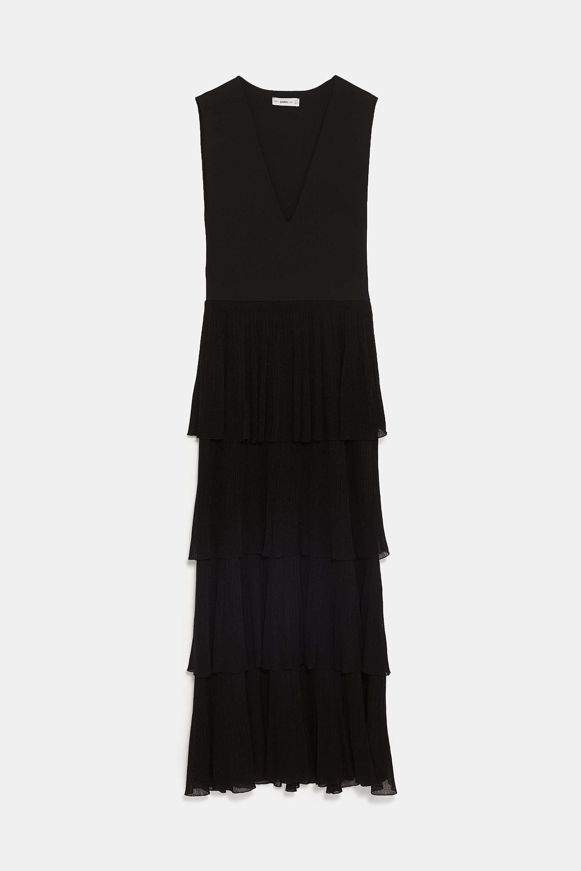 Vestido de Zara (49,95 euros).