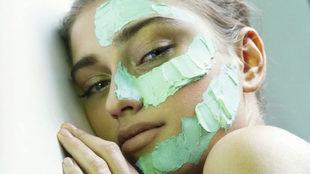 Las mascarillas de noche o sleeping masks son muy cómodas y fáciles...