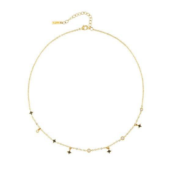 Collar dorado con detalles, de Agatha (59 euros).