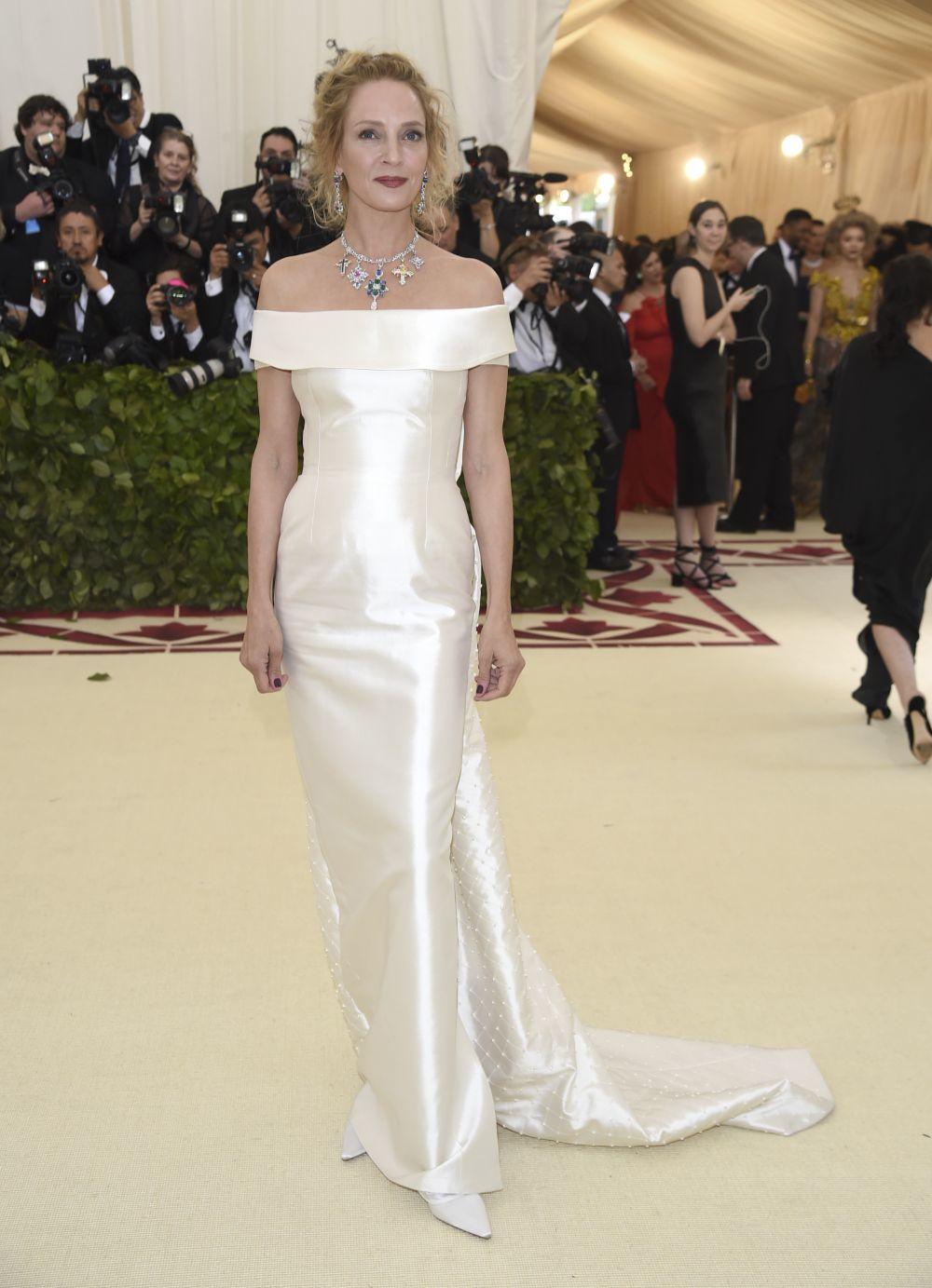 Uma Thurman vestida por Gabriela Hearst en la MET Gala.