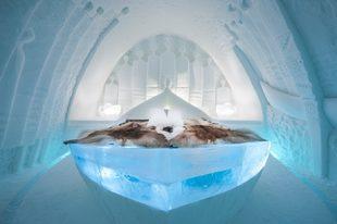 El histórico <strong>Ice Hotel en Jukkasjärvi</strong>, Suecia,...