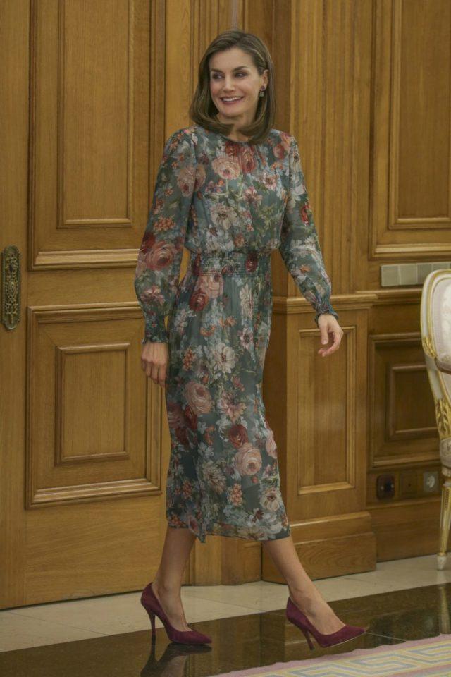 9f4924eaf3674 Vestido Burdeos Princesa Zara Letizia Vestido Zara fxP855