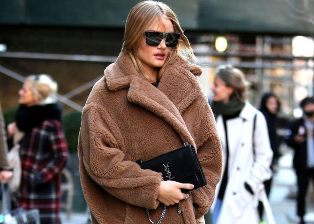 Cuando las temperaturas bajen, apuesta por un chaquetón de pelo...
