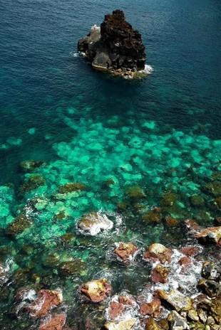 El azul frío de <strong>Atlántico</strong> asoma en cada rincón con...
