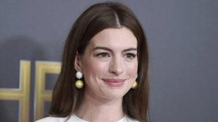 Anne Hathaway en los Hollywood Film Awards en Beverly Hills
