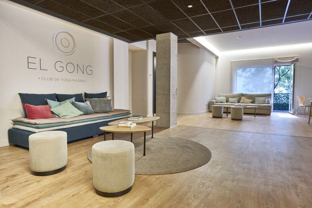 El Gong (Paseo del General Martínez Campos, 24) es un club de yoga...