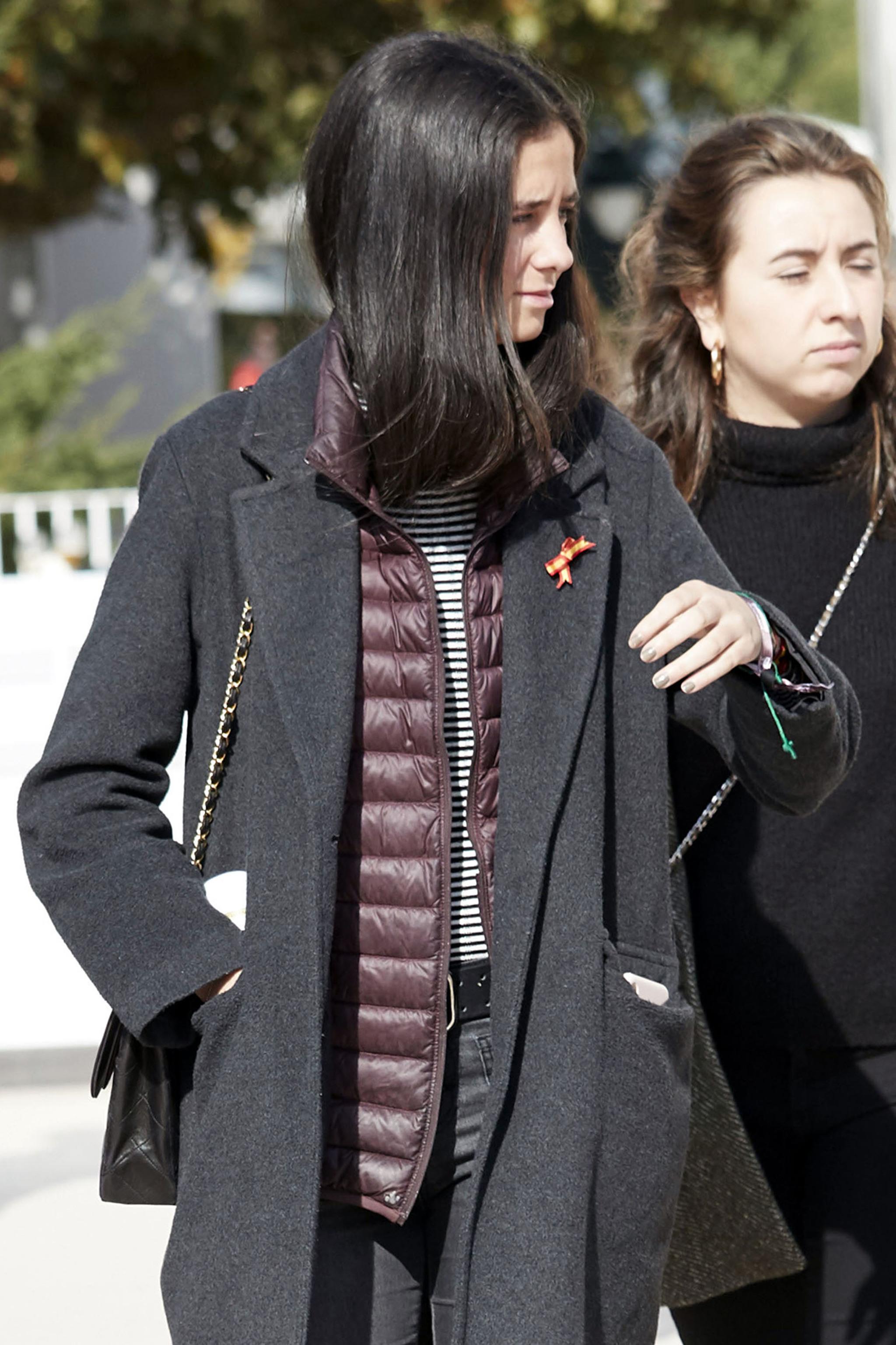 Este bolso de Chanel es todo un must para  la joven
