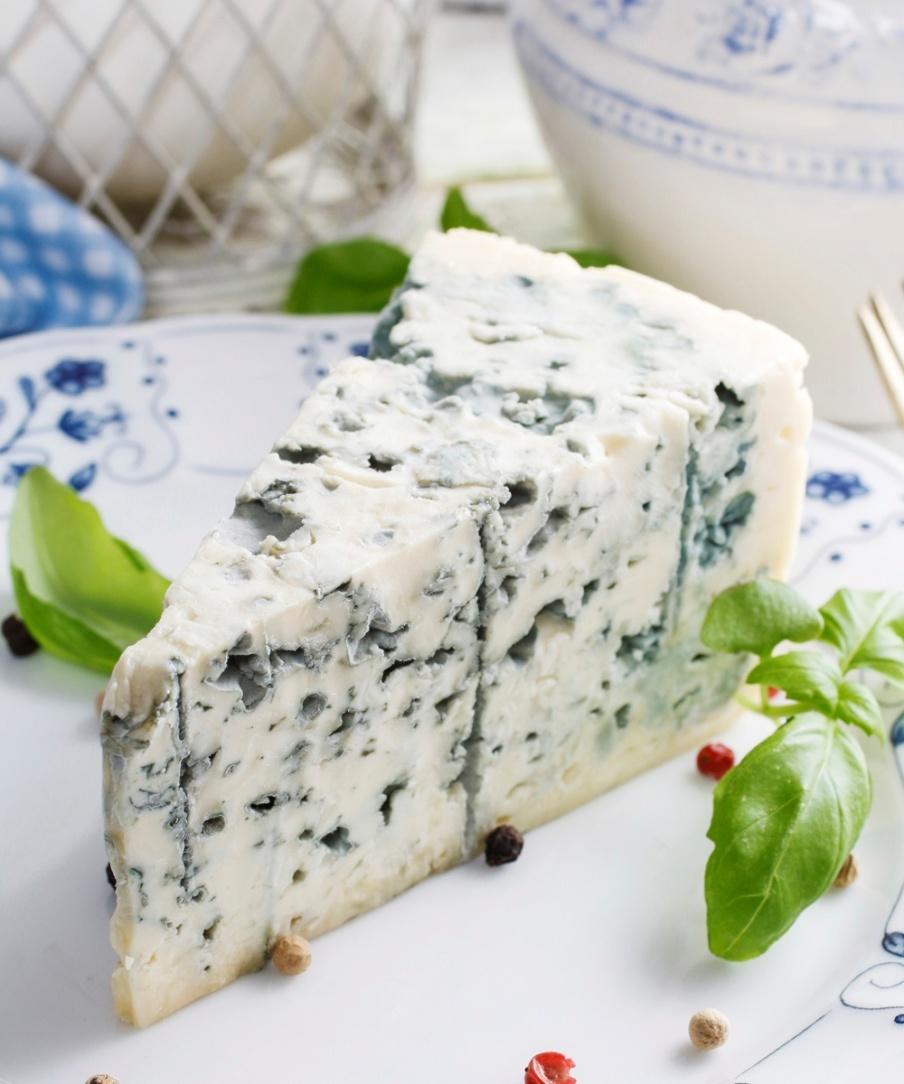 El queso también puede hacer que tu tripa se hinche si no digieres...
