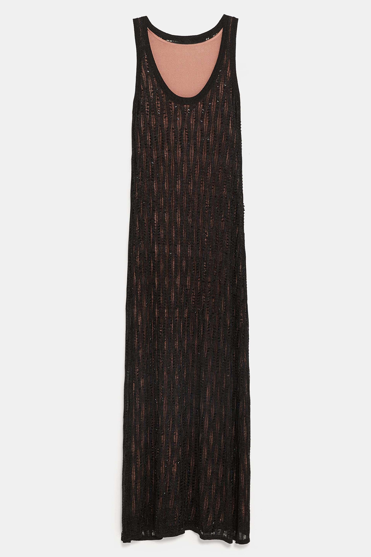 Vestido de Zara de pedrería (89,95 euros).