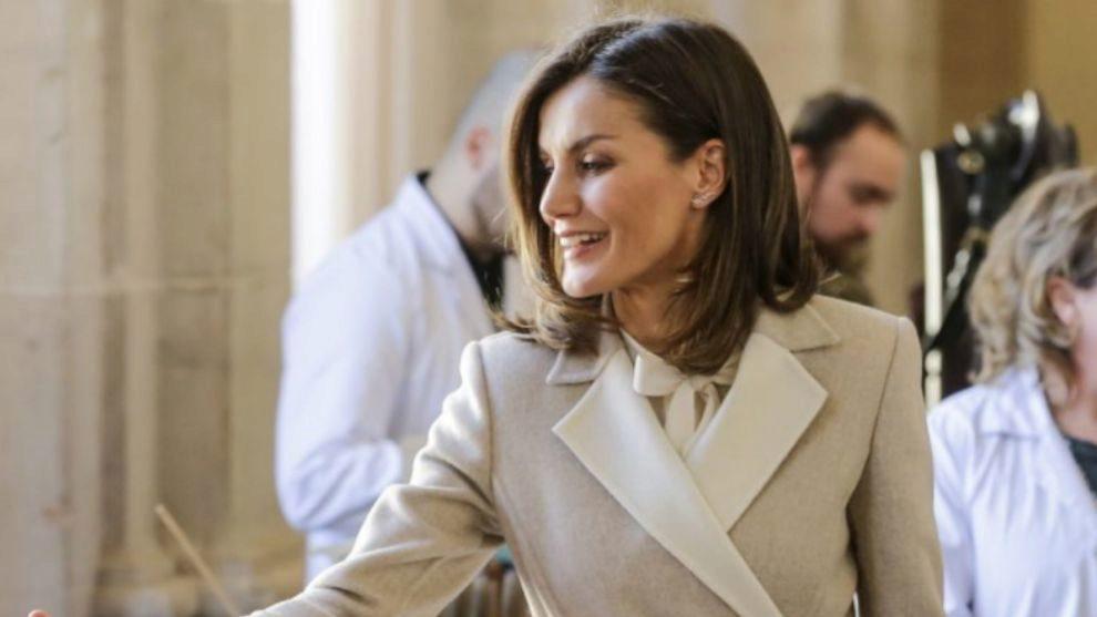 La reina Letizia a la llegada al INEM