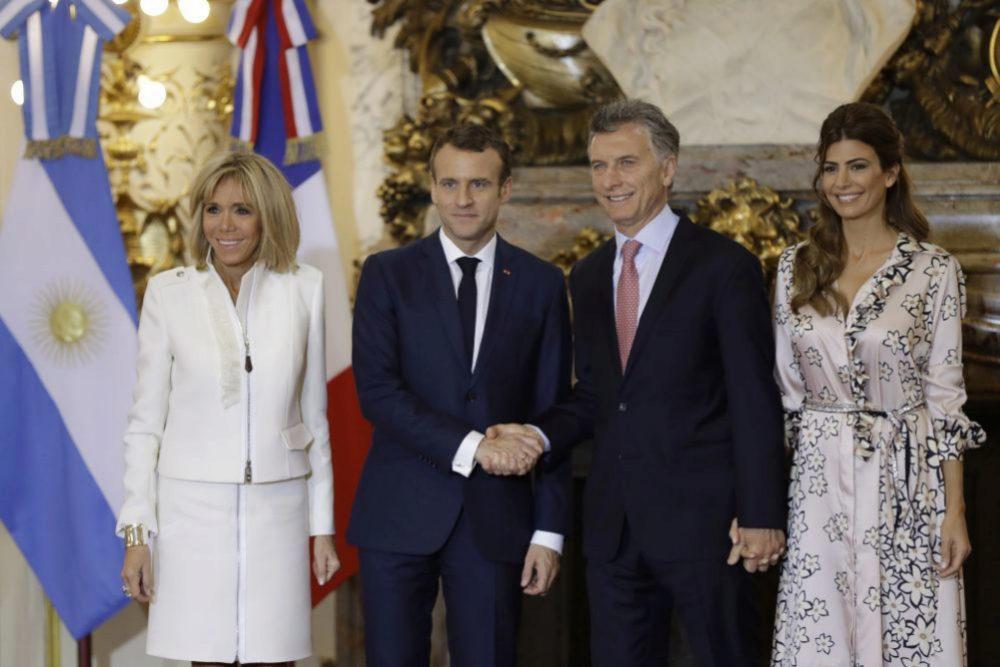 El presidente de Argentina y Juliana Awada posa con el matrimonio...