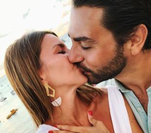 Alexandra Pereira ha anunciado su compromiso con Ghass Vader en...