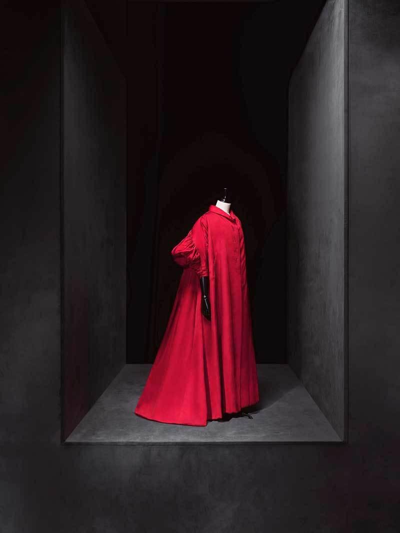 Cristobal Balenciaga. Abrigo de 1950-1960 del Museo del Traje.