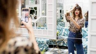 El estilo de Jeanne Damas se caracteriza por su toque parisino