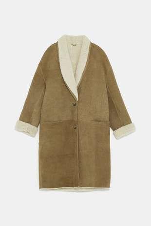 Abrigo de Zara edición limitada (499 euros).