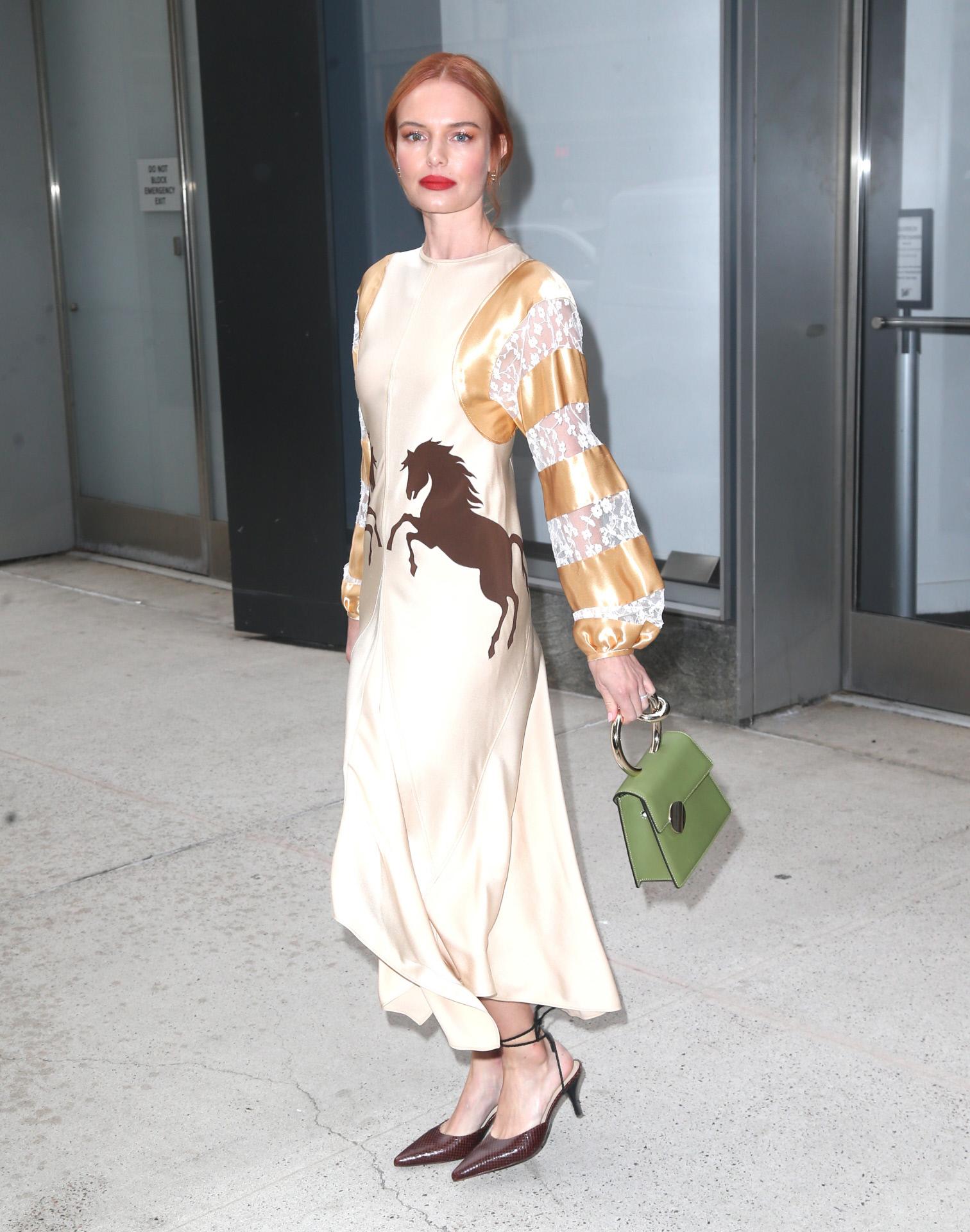 Kate Bosworh con un vestido de la firma Chlo