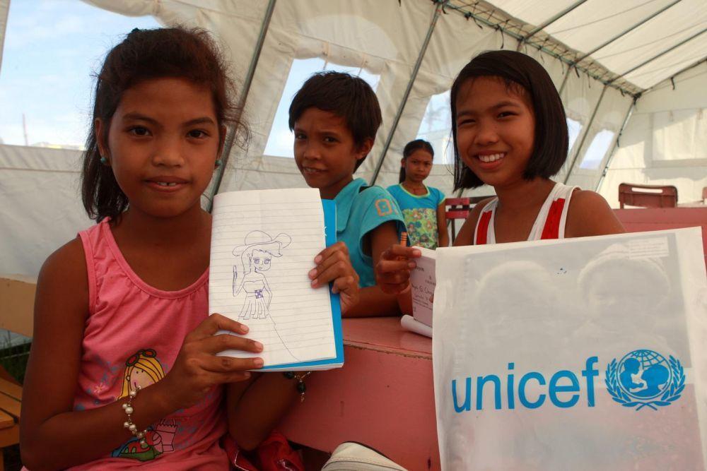 Con el Regalo Azul ayudas a los niños a hacer lo que mejor se le da:...