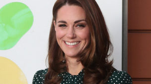 Kate Middleton durante una visita a un hospital infantil.