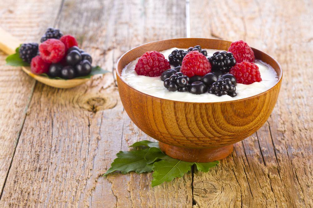 Incluye los frutos rojos en desayunos y comidas para disfrutar de sus...