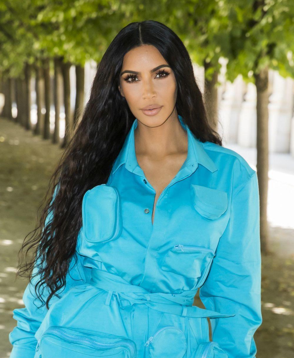 Kim Kardashian usa las extensiones de pelo de forma habitual, tan...