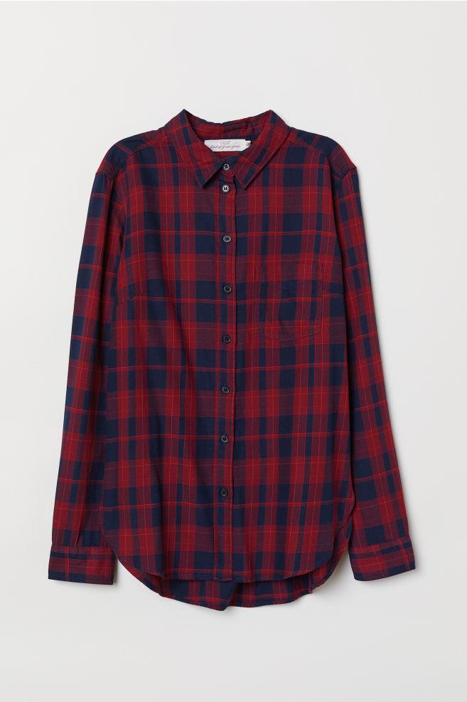 Camisa estampado tartán de H&M. (19, 99 euros).