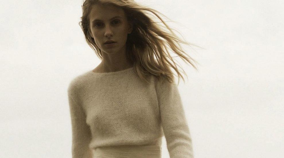 Look jersey + falda, el nuevo <em>dress code</em> que triunfa entre...