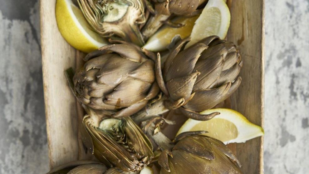 La alcachofa es diurética, rica en fibra, vitaminas y minerales