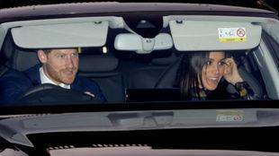 Los Duques de Sussex llegando al Palacio de Buckingham